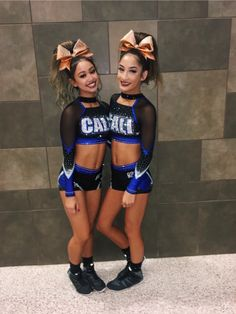See more of jgwitt's content on VSCO. Cheer Picture Poses, Cheer Poses, Cheer Team Pictures, Cheerleading Pictures, Cheer Outfits, Cheerleading Outfits, Cool Cheer Stunts, Cheer Routines, Volleyball Drills