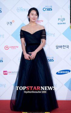 [Photos] 2015 SBS Drama Awards Red Carpet : Actresses @ HanCinema :: The Korean Movie and Drama Database