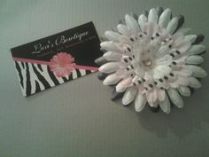 3in Gerber Daisy Hair Clip. $4.00, via Etsy.