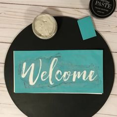 Simple DIY Signs and Decor - Watch this method for simple DIY decor! These transfers are all reusable and so quick and easy. Wooden Door Signs, Diy Wood Signs, Country Wood Signs, Fall Wood Signs, Painted Wooden Signs, Country Wall Decor, Rustic Wood Signs, Pallet Signs, Dollar Tree Decor