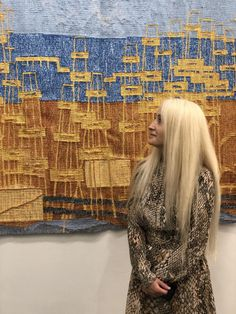 """Azerbaijani tapestry artist Samani Shahsuvar-Gasimzade has successfully presented her art work at Heallreaf An Exhibition of Contemporary Tapestry in the United Kingdom. Her tapestry """"Oil wells"""" aroused great interest among art lovers. Weaving Art, Tapestry Weaving, Hand Weaving, Work In Uk, Contemporary Tapestries, Galleries In London, Uk Photos, Crazy Makeup, Old English"""
