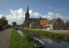 We zijn in Schalkwijk een dorp ten Zuiden van Houten en behorende bij de Gemeente Houten. Het dorp ligt aan de Schalkwijkse Wetering, vroeger een belangrijke vaarweg naar Utrecht.