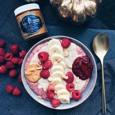 Breakfast Idea Peanut Butter Jelly Porridge Acai Bowl, Jelly, Peanut Butter, My Favorite Things, Breakfast, Food, Marmalade, Hoods, Meals