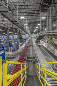 Take a peek inside the brand new fulfillment center designed by #WareMalcomb #Phoenix! #industrial #architecture #cre