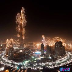 Parties Illustration Description Beautiful New Year's fireworks in Dubai – Read More – Dubai Skyscraper, Dubai City, Dubai Uae, Need A Vacation, Vacation Spots, World Expo 2020, Voyage Dubai, Dubai Travel Guide, Dubai Architecture