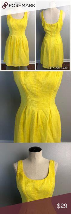Nine West Yellow Dress Nine West Little  Yellow Dress Size 10 Round Neck Line Design to hit Above Knees Nine West Dresses Midi