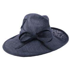 Chapeau Cérémonie Eas en sisal Marine #chapeaumariage #mariage #mode #fashion sur votre boutique Mariage Hatshowroom.com