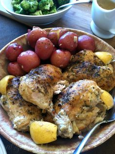 ITALIAN LEMON-ROAST CHICKEN POT • Ingredients: 1 whole quartered chicken, ½ C flour, 1 tsp salt, 1 tsp pepper, 2 Tb olive oil, 1 Tb butter, 1 peeled & quartered sweet onion, 3 roughly chopped garlic cloves, 12 small red potatoes, 1-2 lemons cut into wedges, 1 Tb Italian Seasoning Blend, 14.5-oz can low-sodium chicken broth • Roasted broccoli or green beans, & a crusty bread loaf, for serving.