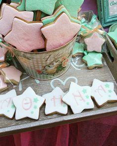 Theme Pictures, Little Star, Stars And Moon, Tins, Summer 2015, Kids And Parenting, Christening, Baby Shower, Spring