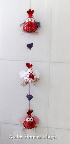 Com certeza essas galinhas vão deixar sua cozinha mais alegre!  Podem ser feitas individualmente, para colocar em qualquer cantinh...