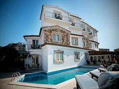 Porto Cervo, Sardinia  Hotel La Dolce Vita  Book now!