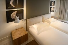 Fabulous twin bed room.