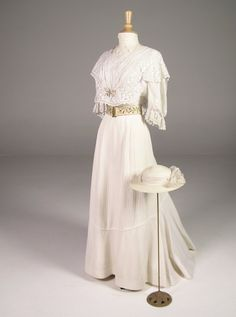 Costume for Lucy Honeychurch (Helena Bonham Carter) in A Room with a View (1985)