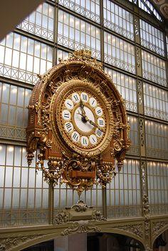 Clock at Musée d'Orsay, Paris