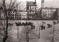 Ein Manöver auf dem Neumarkt, Fotografiert um 1880. Cologne Germany, Good Old Times, Dom, History, City, Places, Kaiser, Painting, Castles