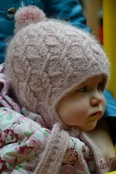 ru / Фото - Autumn Whirlpool hat with earflaps - Julia-T Baby Knitting Patterns, Knitting For Kids, Baby Patterns, Knitting Projects, Hand Knitting, Bonnet Crochet, Knit Or Crochet, Crochet Hats, Baby Sweaters
