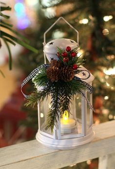 25 Cheap and Easy DIY Outdoor Christmas Lanterns Decorations Ideas 15 – Outdoor Christmas Lights House Decorations Magical Christmas, Noel Christmas, Outdoor Christmas, Country Christmas, Christmas Projects, Winter Christmas, Christmas Wreaths, Beautiful Christmas, Christmas Ideas