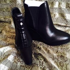 Brand new Sam Edelman wedges booties Brand new never worn by Sam Edelman , genuine leather upper very comfy and fashionable Sam Edelman Shoes