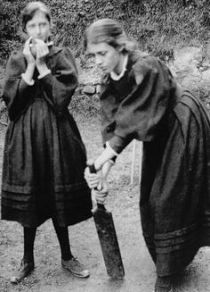 A young Virginia Woolf and Vanessa Bell playing cricket