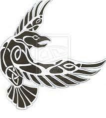 clipart nordic -Raven clipart nordic - tatoo design for :Cama-Kun Pegatina Huginn y Muninn awesome Tattoo Trends - Raven tattoo Viking Designs, Celtic Designs, Celtic Tattoos, Viking Tattoos, Celtic Raven Tattoo, Wiccan Tattoos, Indian Tattoos, Celtic Symbols, Celtic Art