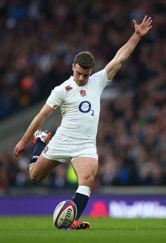 George Ford Photos - George Ford of England kicks at goal during the RBS Six Nations match between England and Italy at Twickenham Stadium on February 2015 in London, England. - England v Italy - RBS Six Nations Australian Football, American Football, Rugby Wallpaper, England Rugby Players, Rugby Pictures, Six Nations Rugby, Rugby Shorts, Rugby Men, Hard Men