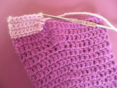 ARTES-ANAS: CALCETINES CROCHET CON CORAZÓN Accessories, Ideas, Fashion, Shearling Slippers, Crocheted Flowers, Shoes, Recipe, Projects, Baby Socks