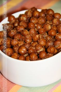~~Roasted Chickpeas recipe ~ Many spice & herb variations to choose from, all at Vegetarian Recipes, Cooking Recipes, Healthy Recipes, Chickpea Recipes, Lunch Recipes, Healthy Snacks, Healthy Eating, Eating Vegan, Appetizer Recipes