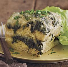 Slow-Cooked Spinach Strata with Gruyère and Garlic #slowcooker #recipe #breakfast