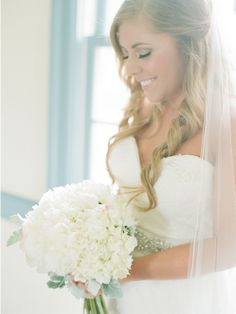 Lovely bridal look. Photo by Megan Pomeroy Photography. www.wedsociety.com #wedding #beauty