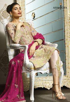 Latest Eid ul Azha Women Dresses Collections Pakistani Brands contains beautiful fancy suits designs from Elan, Asim Jofa, etc. Bridal Mehndi Dresses, Pakistani Bridal Wear, Bride Dresses, Wedding Dresses, Fancy Suit, Pakistani Dresses Casual, Pakistan Fashion, Dress Collection, Designer Collection