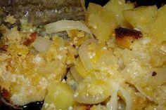 Bacalhau assado no forno com batatas e crosta de broa