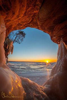 Apostle Island National Northshore Ice Caves by Christian Dalbec Photography 2015 Ocean Pictures, Nature Pictures, Cool Pictures, Beautiful Pictures, Sunset Photography, Landscape Photography, Beautiful Sunset, Beautiful World, Nature Scenes
