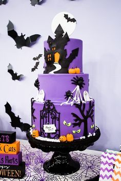 Amazing 3 tiered Halloween cake created for the Steven and Chris show.  More details on our blog!