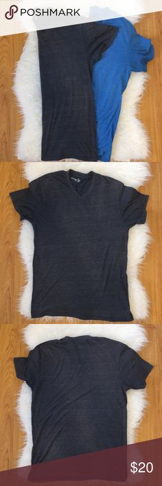 BUNDLE of TWO Footlocker brand v-neck tees for men Lot of 2 Foot Locker brand v-neck short sleeved tees for men in a size medium   Shirts include a charcoal gray v-neck as well as an ocean blue like hue v-neck   Both tees are 50% polyester, 37% cotton and 13% rayon   Items are pre-loved with much life left to wear and come from a clean, smoke-free home Foot Locker Shirts Tees - Short Sleeve