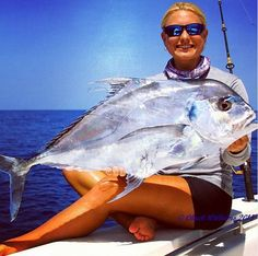 Hooligan rockin' the Swordfish Real Foto Hoo-rag with her first caught 50 miles of FL. What's your fish? Fishing Girls, Gone Fishing, Young Blood, Perfect Woman, African, Maui Hawaii, Lady, How To Wear, Florida