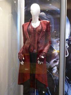 Captain America: Civil War Scarlet Witch film costume