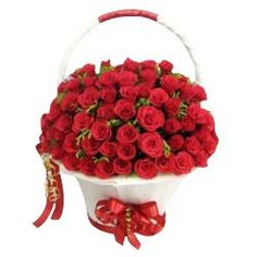 Best arrangements of flowers look impressive and you can send flowers online in Bhubaneswar easily with us. Our flower delivery in Bhubaneswar is not only effective but trustable too. Beautiful Red Roses, Romantic Roses, Romantic Gifts, 100 Red Roses, Bouquet Delivery, Cake Delivery, Rose Basket, Online Flower Delivery, Online Florist