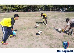 Latihan Uni Papua FC Bali Saturday, October 31'2015  #UniPapuaFootball #UniPapuaFc #Papua #SepakbolaSosial #Sepakbola #FIFA #Indonesia