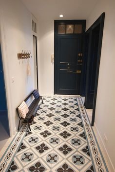 Entrance in cement tiles: corridor and entrance hall style by - - House Design, Tiles, House Styles, Hallway Flooring, Diy Bathroom Decor, Home Deco, Cement Tile, Flooring, White Molding