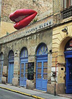 Fogashaz ruin pub.