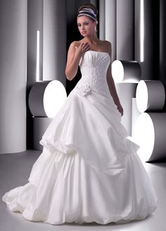 Wedding Gowns by Pick Up Styles