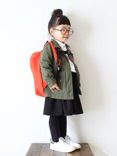 カーキ×オレンジ♡ 前髪✂︎したら、タレ眉目立つ( ´艸`) 今月もよろしくお願いします♩