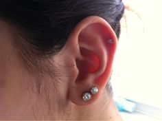 My mum has a double lobe piercing. I've got one in each ear, I want the second for my birthday. I want a cartilage ring where this other piercing is too. Double Lobe Piercing, Second Piercing, Ear Peircings, Piercings, Cartilage Ring, Diamond Earrings, Stud Earrings, Piercing Tattoo, Fashion Beauty
