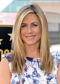 Jennifer Aniston hair.. Cut not color http://celebrityhairstylespictures.blogspot.com/2013/08/jennifer-aniston-hairstyle-pictures.html