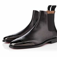 Chelsea Boots, Kicks, Chukka Boot, Ankle, Shoes, Fashion, Moda, Zapatos, Wall Plug