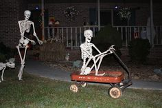 Halloween Lawn, Halloween Camping, Halloween Skeleton Decorations, Halloween Signs, Outdoor Halloween, Halloween 2019, Holidays Halloween, Halloween Crafts, Halloween Stuff