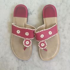 Pink flip flops size 6 Really cute leather upper pink and white flip flops size 6 gently worn Apostrophe Shoes