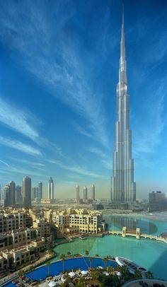 {been here, 2011} the Burj Khalifa is incredibly breathtaking in person - Dubai, UAE //JN