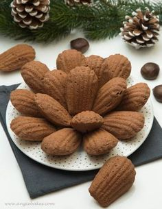 Christmas Cookies, Baked Goods, Almond, Sweets, Baking, Recipes, Cakes, Diet, Xmas Cookies