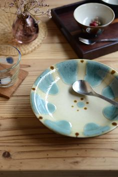皿- 沖縄の陶器 (やちむん):ノモ陶器製作所【gallery shop kufuu】作家作品の販売・通販
